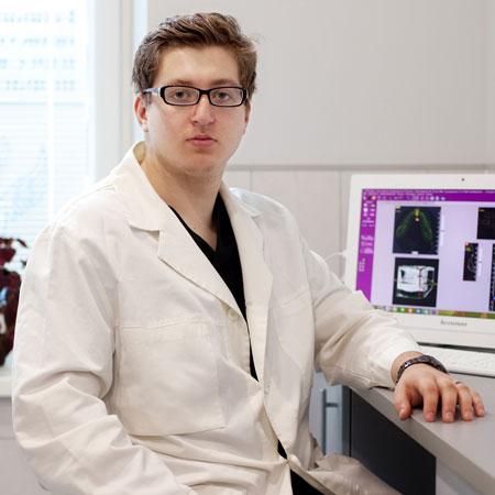 Кипель Артём Александрович, стоматолог-хирург