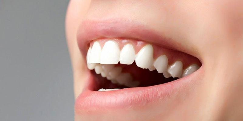 Секрет успешного лечения прост: тщательно выбирайте врача-стоматолога и выполняйте все его рекомендации