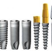 Импланты разных форм с разными типами резьбы