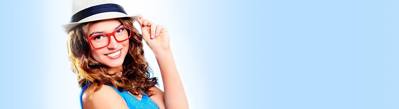 Отбеливание зубов в Кудрово Визит Стома